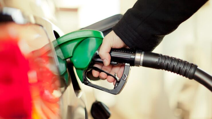 Clinging of Gas Pump